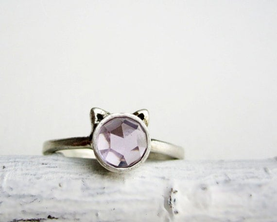 Purple Cat Ring, Amethyst and Sterling Silver, Light Purple Amethyst