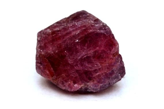 Resultado de imagem para rubi stone