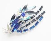Vintage Juliana Blue Rhinestone Brooch 1960s