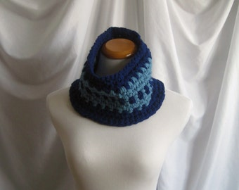 Neckwarmer Cowl Chunky Crochet:  Navy Blue and Country Blue