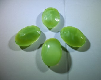 1 Vintage West German Light Green Opalescent 25x18mm Stone