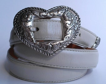 Metal Floral Heart Pearl White Leather Belt
