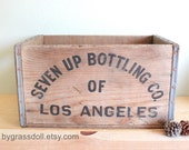 Vintage 1957 Seven- up , 7up Wood Crate Carrier Box with Metal Straps /13817