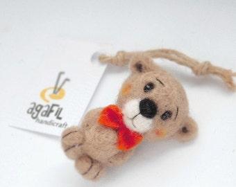 Meul.Teddy bear brooch.