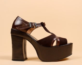 70s Vtg Leather + Suede Chunky PLATFORM High Heels / Cut Out T Strap Mary Jane Peep Toe GLAM Disco Sandals / sz 5 Euro 35