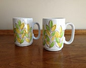 Vintage Retro Mugs Green Yellow Speckled 1970s