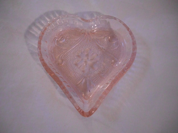 Antique Vintage Pink Depression Glass Jeannette By