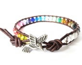 Rainbow bracelet with hummingbird, fun gift for best friend, colourful rainbow jewelry with glass beads, good luck bracelet for daughter