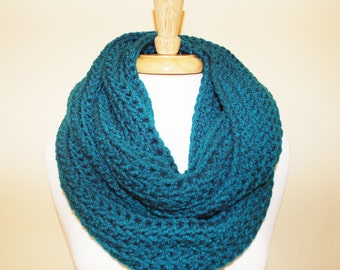 Super Bulky Teal Cowl