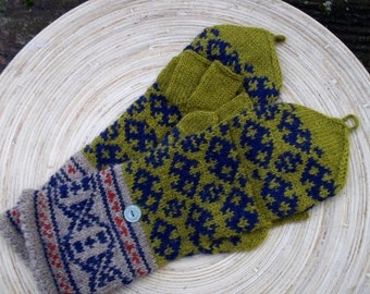hand knitted convertible mittens, hand knitted convertible gloves, knitted wool mittens, fire isle mittens, haky blue convertible mittens,