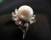 Vintage pearl ring with rhinestones (80s) FREE SHIPPING