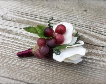 Grapevine vinyard wedding boutonniere flowers