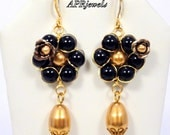 Black Pearl Flower Wire Wrapped Earrings/Romantic Earrings/Wedding jewelry/Party Jewelry/Black Pearl/ Flower Earrings