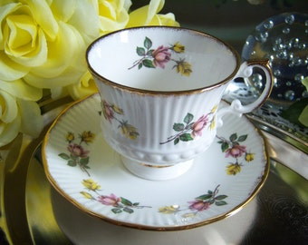 Bone China Teacup - Teacup and Saucer - English Bone China - Elizabethan Fine Bone China Teacup and Saucer - Made in England