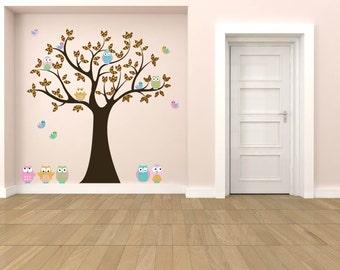 children's tree decal - Nursery wall decal - Owl tree - Vinyl wall decal - 5 Free owls