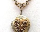 """Heart Locket in Vintage silver or gold, 18"""" Necklace"""
