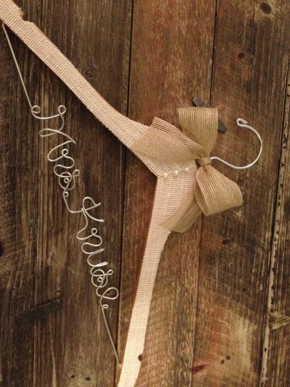 BURLAP Wedding Hanger / Rustic Hanger / Bridal Hanger /  Rustic Wedding / Vintage Wedding / Burlap Wedding
