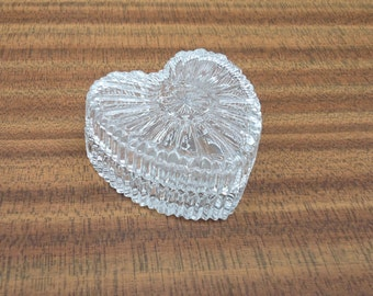 Vintage Press Glass Trinket Box, Vintage Heart Shaped with Fitted Lid, Vintage Clear Glass Powder Jar, Clear Glass Jewellery Box, Uk Seller