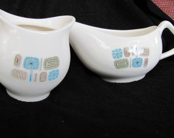 Mid Century Sugar Bowl And Creamer / Gravy Boat