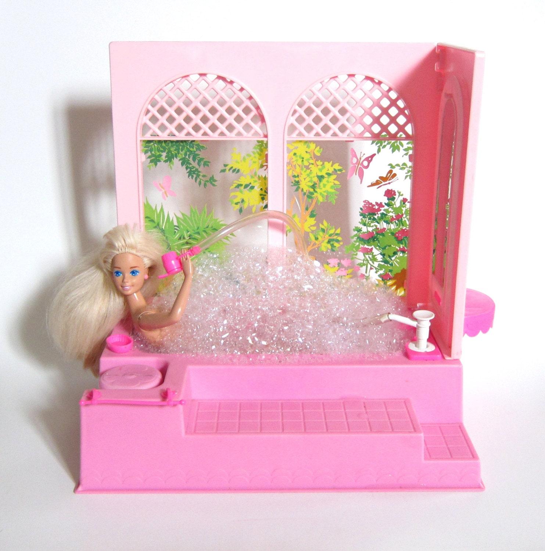 barbie bubble bath tub vintage 1981 pink bathtub shower vanity. Black Bedroom Furniture Sets. Home Design Ideas
