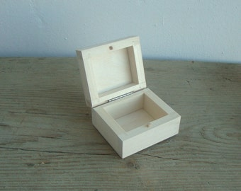 Small wooden box jewelry box  natural wood blank for decoupage party favors