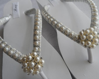 Wedge Bridal Flip Flops / Wedding Pearls Flip Flops / Bridesmaids Flip Flops / Bridal Sandals / Rhinestones / Pearls Flip Flops.