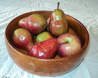 Vintage Rustic Chic Style machine lathed carved bowl with well developed patina in wonderful warm wooden tones in Great Shape