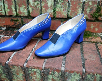 Vintage // Neon Blue J Renne Witch Boots // Gold Embellished Pumps // Chunky Heel Size 8 // Glam Couture