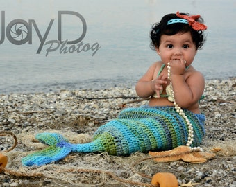 Crochet Mermaid Tail, Photo Prop Set - Newborn to 3 months - Photography Prop, Cocoon