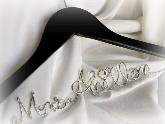 Personalized Coathangers, Wedding Dress Hanger, Custom Name Hangar, Bridal Gifts