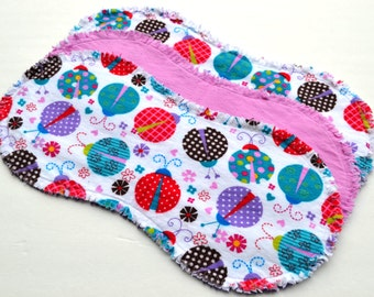 Baby girl burp cloth set of 3 : Flannel, Contoured, Baby burpcloths, Burp rags, burpclothes, burprags, ladybugs,  flowers