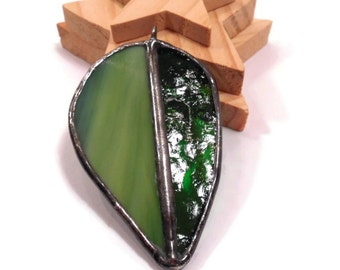 Stained Glass Pendant Jewelry Green Leaf Pendant Glass Leaf Jewelry  Handmade Jewelry Glass and Metal Jewelry Green Glass Necklace Jewelry