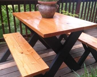 Classic Picnic Table w/ Black Legs