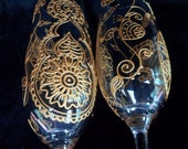 Mehndi designs CUSTOM  bride & groom toasting flutes. Hand painted champagne glasses in Mehndi designs for your wedding. (option)personalize