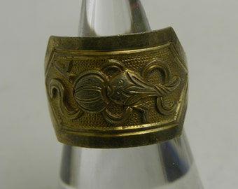 Vintage Tibetan silver with gold wash opera ring