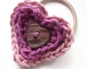 Crochet Pattern - Heart Hair Bobble: gift, brooch, hair accessory, adaptable
