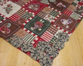 Table Cloth Double Sided Homespun & Gingerbread Man Print with Yo Yo Accents