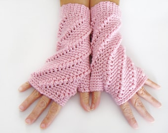 Fingerless Mittens, Soft Pink Open Mitts, Crochet Wrist Warmer, Open Gloves, Soft Pink Mittens, Texting Mittens, Light Pink Wrist Warmers