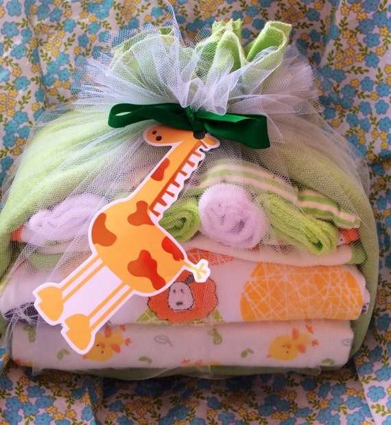 https://www.etsy.com/listing/179716858/diaper-baby-stork-baby-shower-gift?ref=related-0