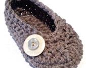 Oh Baby, Button Ballet Shoes PDF crochet pattern by DDK