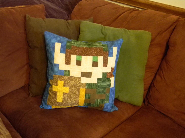 Legend of Zelda Link Throw Pillow