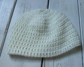 Mens crochet Fitted Beanie Soft white