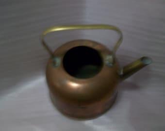 Vintage Copper  Teapot 6 x 4 inches no lid great vase