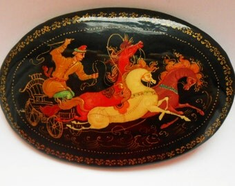 Antique Russian Vintage brooch hand painted in style Mstera with Russian three of horses