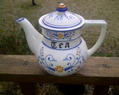 Heritage by Royal Sealy Japan Teapot