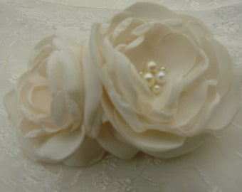 Ivory  Bridal Flower Brooch OR Hair Clip, Bridal Flower Hair Clip with Pearls Crystals Ivory, Hair Accessories