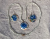 White Shell Blue Flower Necklace and Earring set