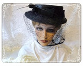 Navy Blue Wicker Hat  - Vintage The Hat Box for Broadway Dept Store    -   H-037a-072313000