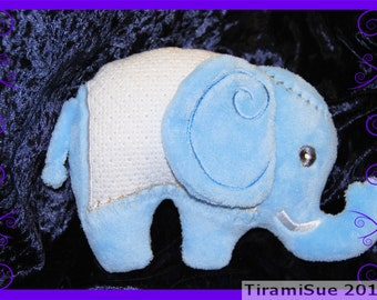 Elephant Toy/Cushion 200 x 300 Hoop