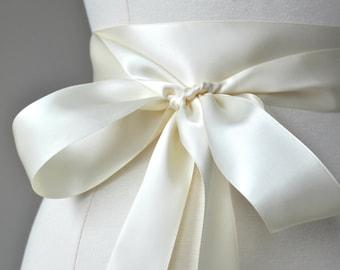 LIGHT IVORY Bridal Belt - Romantic Luxe Satin Ribbon Sash - Wedding Sashes,bridal sash,wedding sash,bridesmaid sash, bridesmaid belt